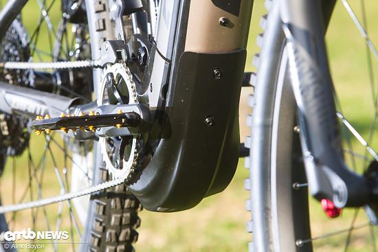 Zum Schutz des Motors verbaut Giant ein Bash plate
