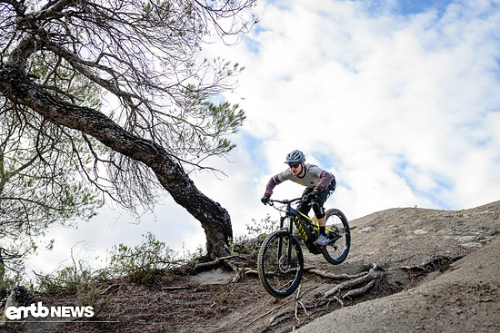 canyon spectral on ebike test-16