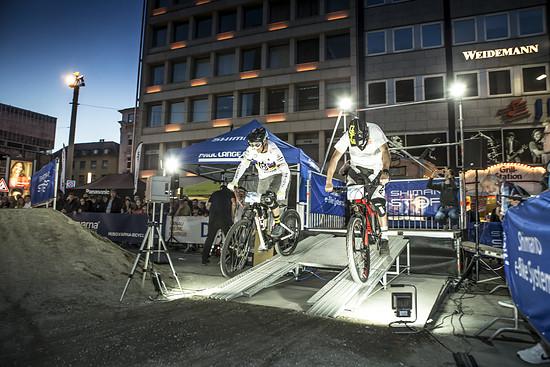 Ein weiteres sportliches Highlight: Der HUSQVARNA Bicyles Nightsprint mit Weltmeister Guido Tschugg