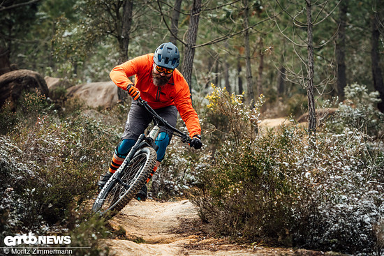 Trails mit flüssigen Kurven und griffigem Boden