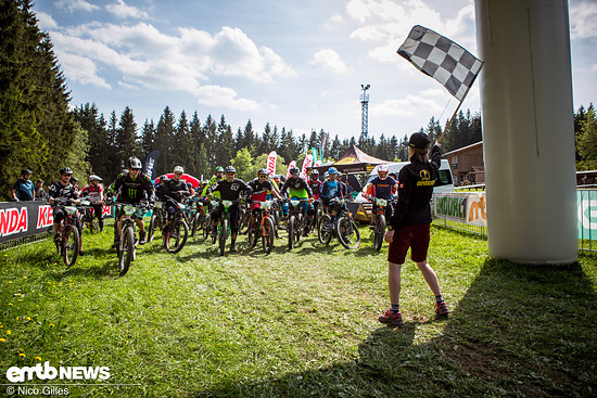 Start der Kenda Enduro One in Winterberg