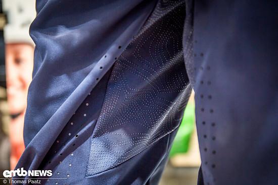 Silikonprint sollen ein Verrutschen auf dem Sattel verhindern