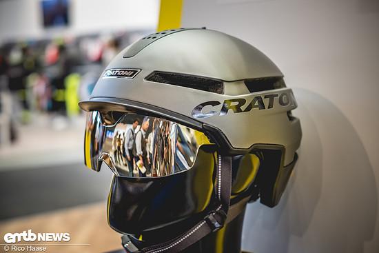 Der Smartride Helm verfügt außerdem über ein arretierbares Visier. Zudem wird er in diesem anthrazit Ton erhältlich sein.