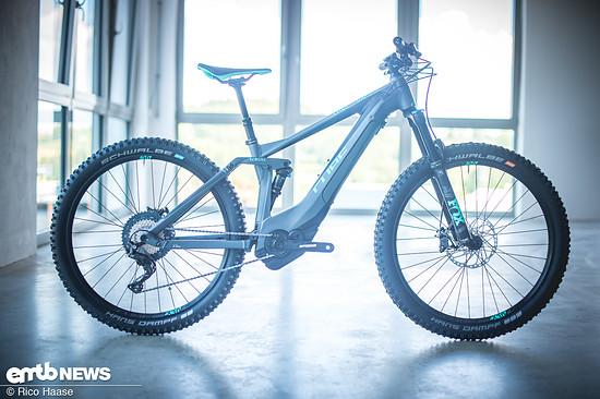 Das Cube Sting Hybrid ist ein 140 mm E-Trailbike für Frauen