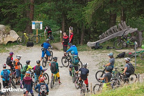 Der Foppettas Flow Trail war ein verspielter vielseitiger Trail mit super engen, aber noch flüssig zu durchfahrenen Anliegerturns