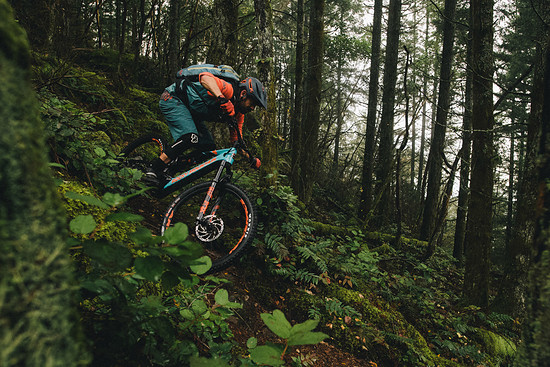 Wir sind zwar selten in Kanada, aber auch auf unseren heimischen Trails dürfte uns das Rocky Mountain Altitude Powerplay Alu eine Menge Freude bereiten