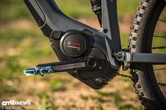 Im Cube Stereo Hybrid 120 TM werkelt ein kraftvoller Bosch Performance CX-Motor