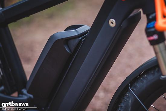 Die Formgebung des Riese und Müller Multicharger GX touring HS wirkt ...
