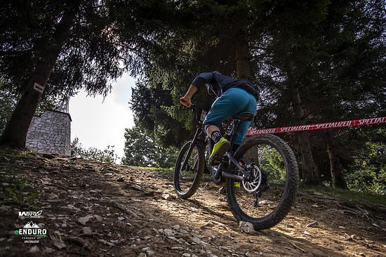 ... und Uphills. Beim Skills-Event können auch Einsteiger Rennluft schnuppern und sich ohne Druck über die Rennstrecken der Profis wagen.