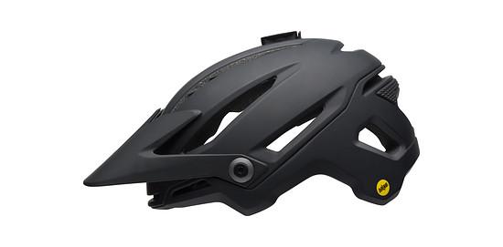 Der innovative Helm-Hersteller Bell landet mit 13 % auf dem dritten Rang