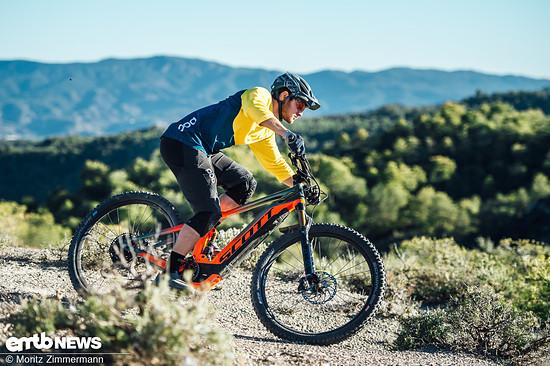 Alles in allem kann das farbenfrohe Scott Genius eRide 900 mit einer Top-Performance, einem ausgewogenen Schwerpunkt und einer sportlichen Geometrie punkten