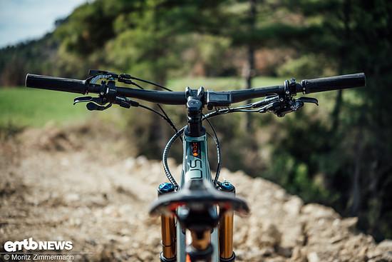 Ein Lenker mit einer Breite von 740 mm hat an einem gut 23 kg schweren E-Bike nichts verloren.