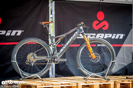 """29""""-Laufräder, wahlweise 120 oder 140 mm Federweg, Fazua-Motor und elektronische Schaltung von SRAM"""