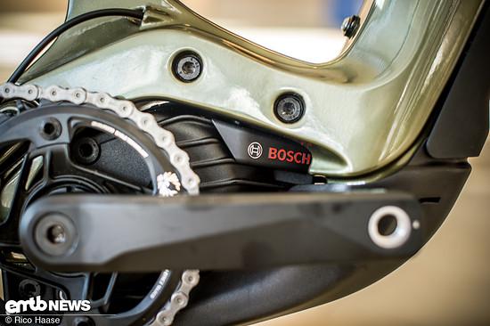 Der kleine Bosch-Motor sitzt in der Motoraufnahme aus Carbon
