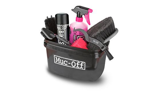 Schluß mit schmutzig! Der Reinigungsexperte Muc-Off spendiert 5 x das 8 in 1 Reinigungsset – Wert: je 49,95 €
