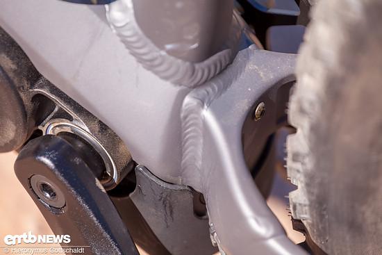 Viele kleine Details, wie das Insert zwischen den Kettenstreben, ermöglichen die einfache Montage von Schutzblechen.