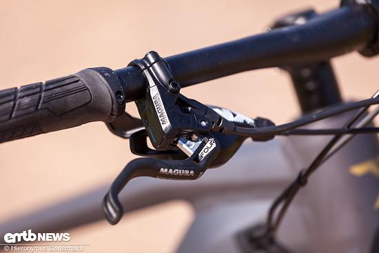 Ein-Finger-Bremshebel aus Aluminium. Durch die automatische Belags-Nachstellung bleibt die Griffweite konstant.