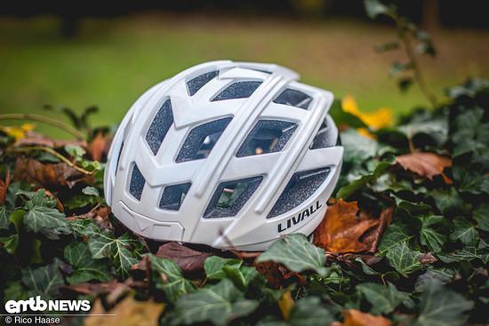 Richtig schmuck präsentiert sich der Livall BH 60, ein extrem smarter Helm mit hohem Mehrwert