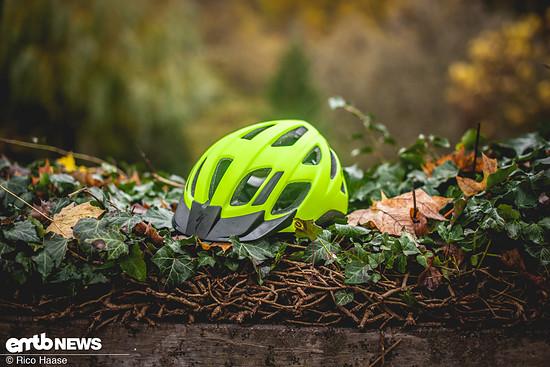 Der Helm mit Mountainbike-Genen: Specialized Centro LED